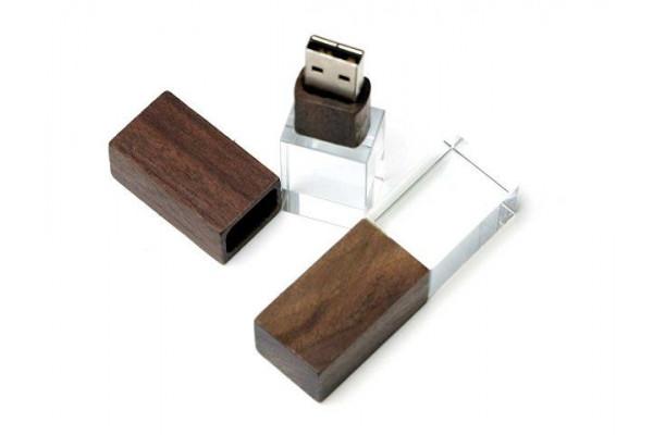 USB-флешка на 16 Гб прямоугольной формы, под гравировку 3D логотипа, материал стекло, с деревянным колпачком красного цвета, синий