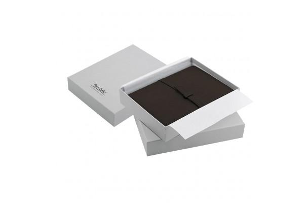 Ежедневник-портфолио River, коричневый, эко-кожа, недатированный кремовый блок, серая подарочная коробка