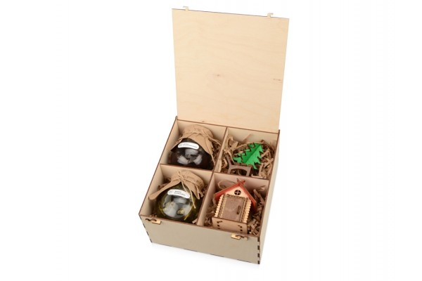 Подарочный набор Decoration Deluxe с двумя видами варенья