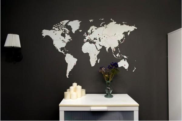 Деревянная карта мира World Map Wall Decoration Medium, белая