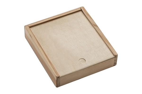 Карты и кости в деревянной коробке. (коричневый)
