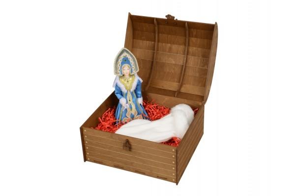 Подарочный набор Новогоднее настроение: кукла-снегурочка, варежки