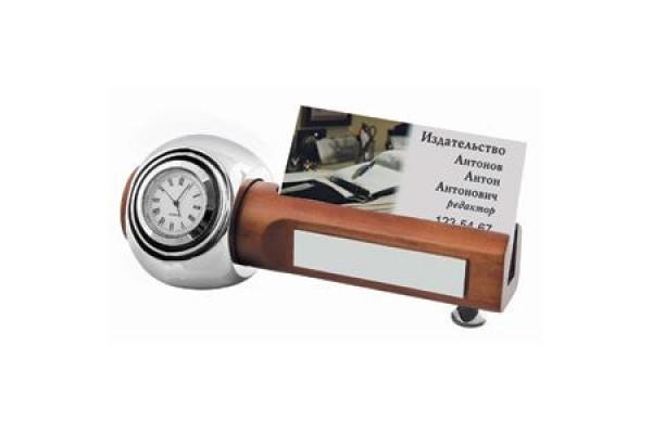 Прибор настольный: часы с подставкой для визиток; 15х6х5,4 см; дерево, металл; лазерная гравировка,